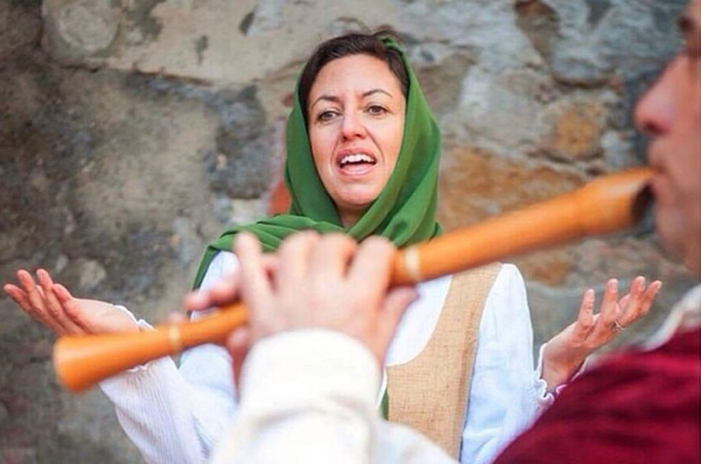 mujer shalom tarragona