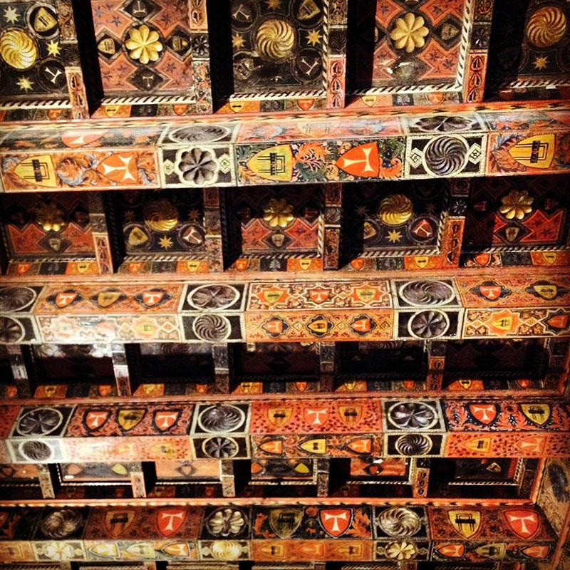 detalles interiores de la catedral de tarragona
