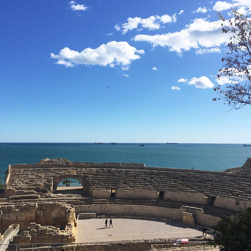 Ambiteatre romà i el mar